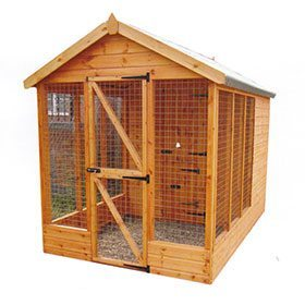 wooden kennel with enclosed run